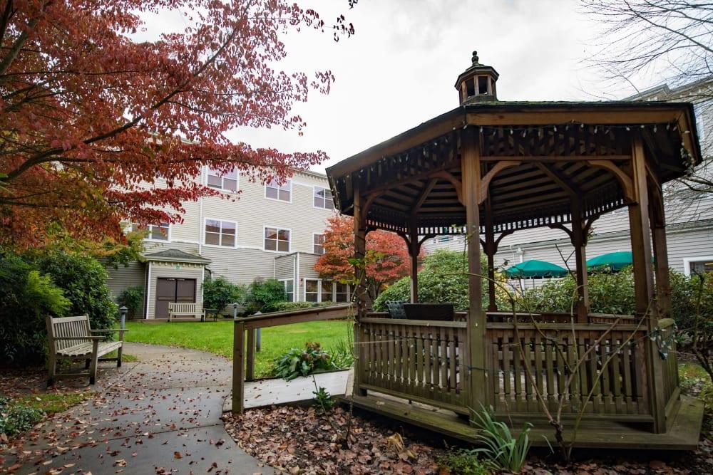 Gazebo and courtyard at Kenmore Senior Living in Kenmore, Washington