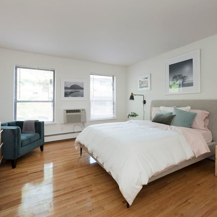 3 Bedroom Apartments Near Me Under 1 000: Luxury 1, 2 & 3 Bedroom Apartments In Roseland, NJ