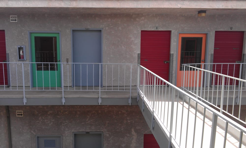 VP Self Storage has military discounts available with exterior storage units in Tarzana, California