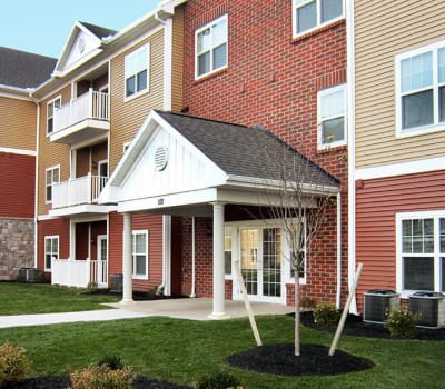 Luxury apartments at Ethan Pointe Apartments in Rochester