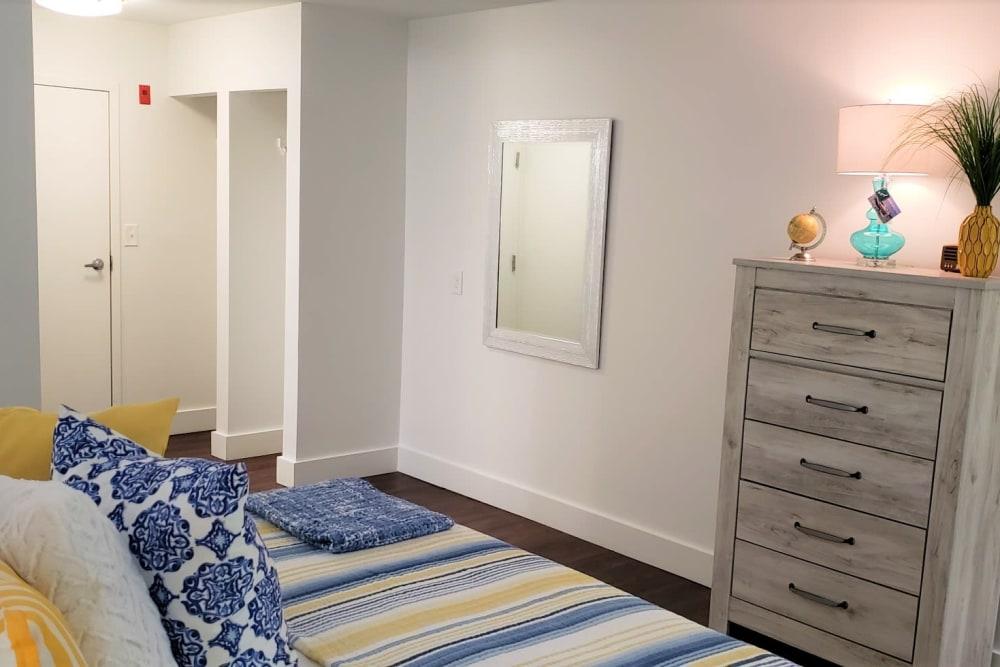 Our Senior Living Community in Tewksbury, Massachusetts offer a Bedroom