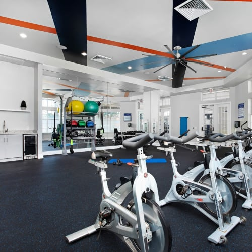 View virtual tour of the fitness center at The Aspect in Kissimmee, Florida
