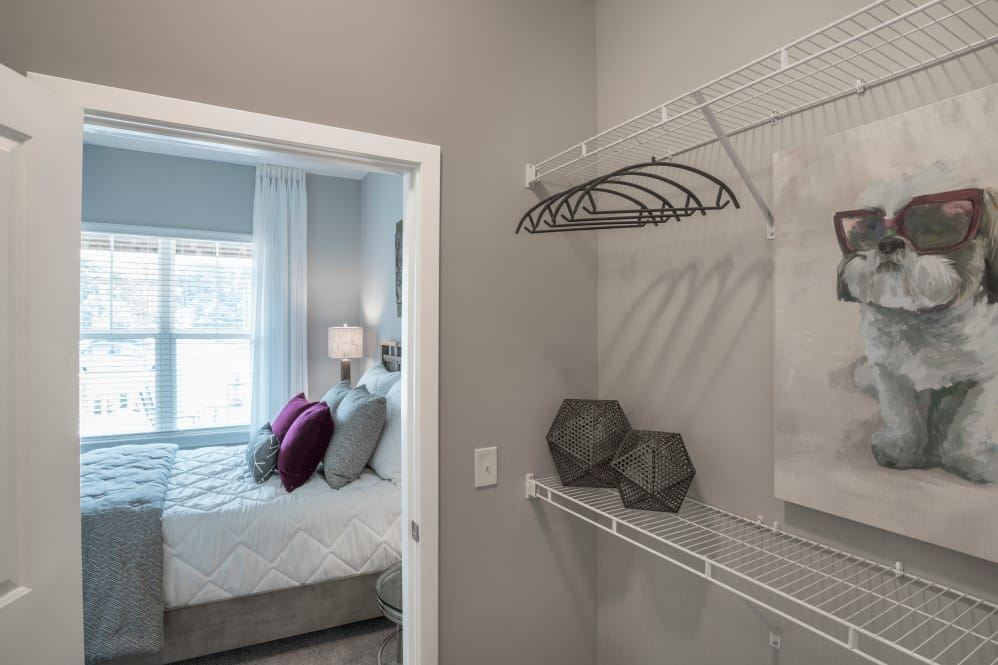 Alta Citizen offers spacious walk-in closets in Newport News, Virginia