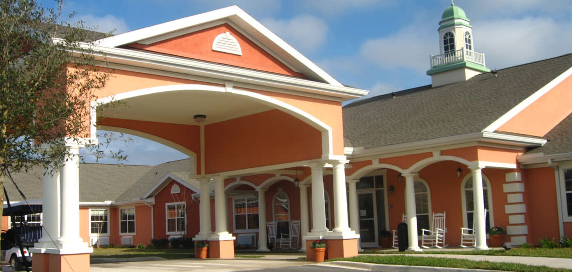Grand Villa of Palm Coast offers senior living in Palm Coast, Florida.
