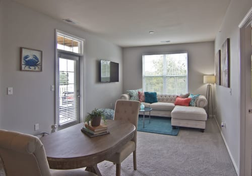 Bright spacious living area at Overlook Apartments in Elsmere, Kentucky