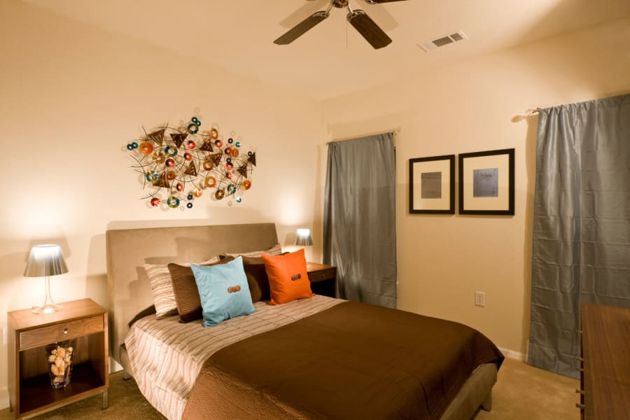 Large resident bedroom at Plantation Crossing in Lafayette, Louisiana.