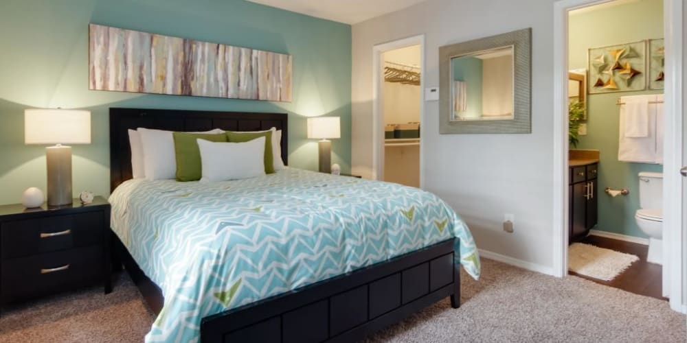 Large main bedroom with private bathroom and walk in closet at Circle at Point Park in Houston, Texas