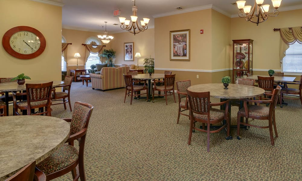 Dining room at The Arbors at WestRidge Place in Sikeston, Missouri