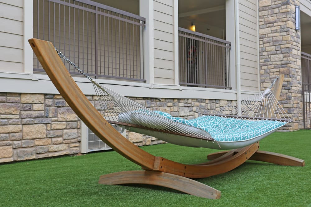 Comfortable hammock in the courtyard at Heights West 11th in Houston, Texas