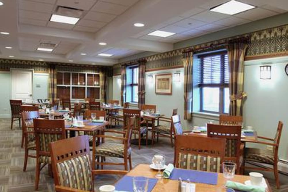 Senior Care Dining Hall In Elk Grove