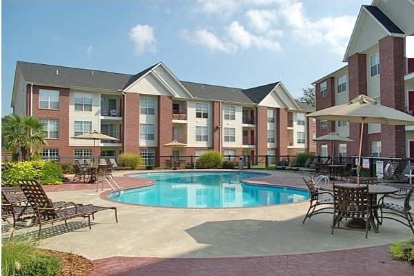 A resident swimming pool at River Pointe in North Little Rock, Arkansas