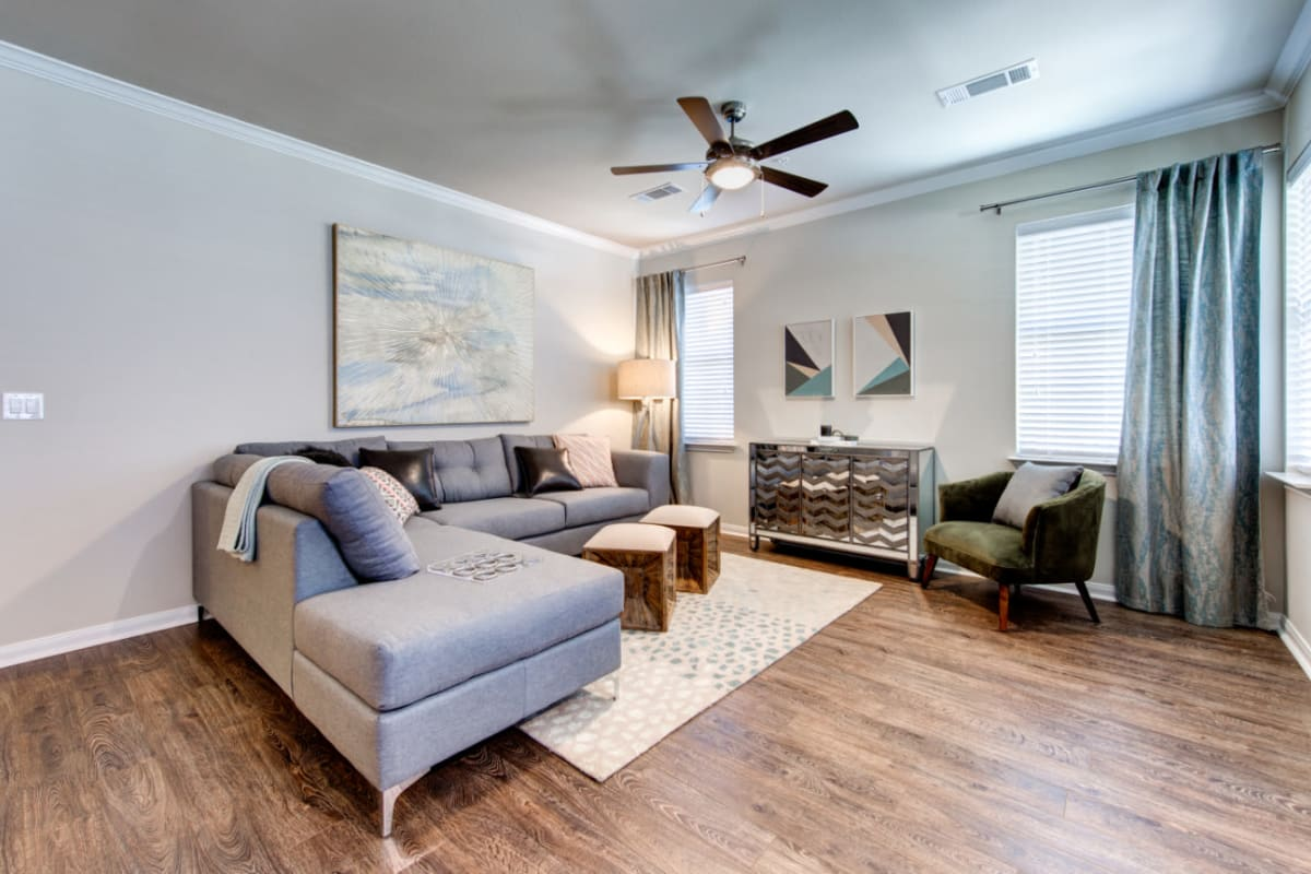 Well decorated living room at Marquis at Cinco Ranch in Katy, Texas