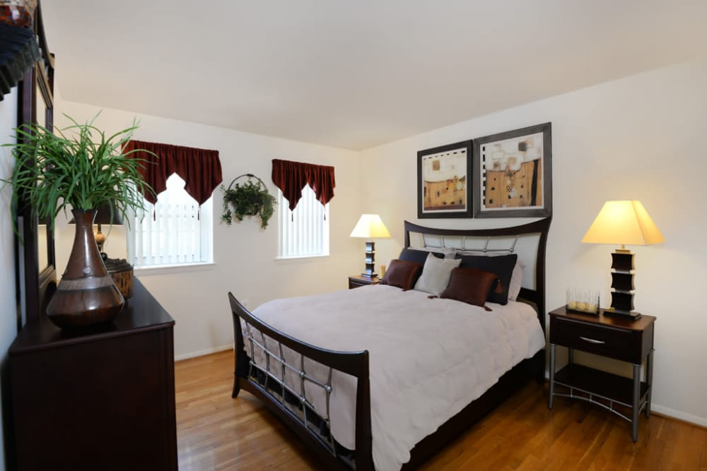 Master bedroom at The Orchards at Severn in Severn, Maryland