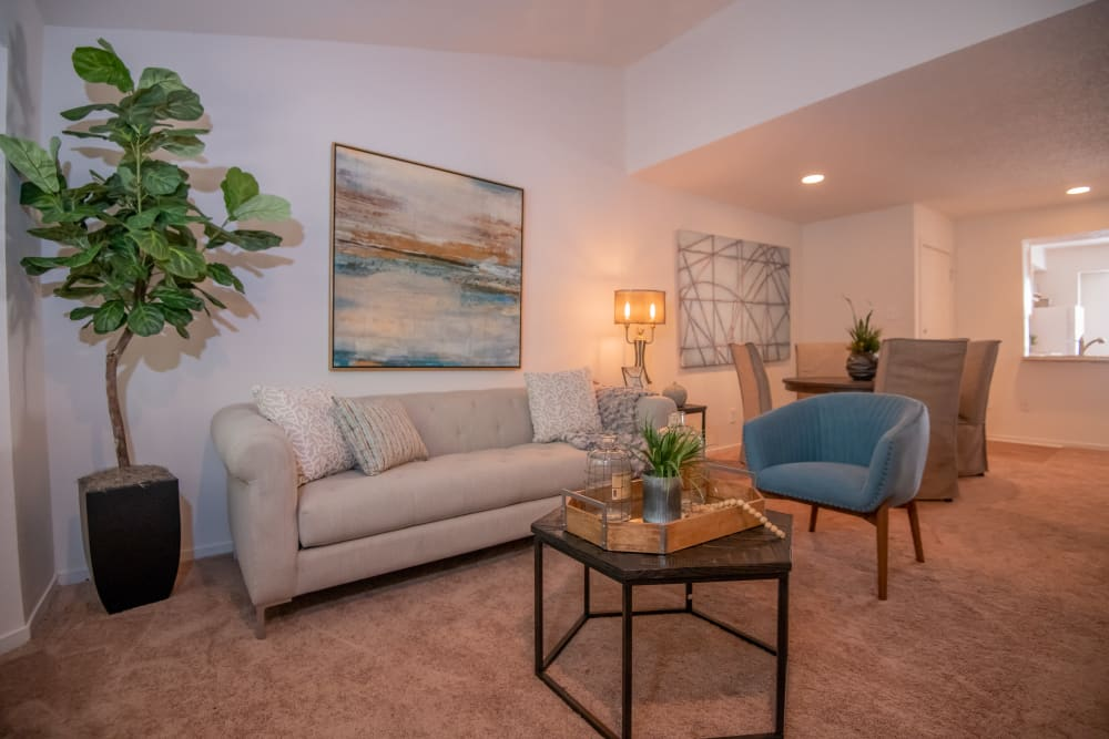 Bright living room at The Trace of Ridgeland in Ridgeland, Mississippi