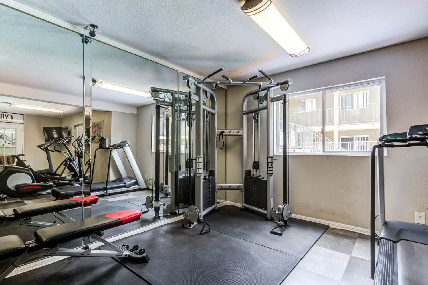 Fitness Center at Apartments in Glendale, California