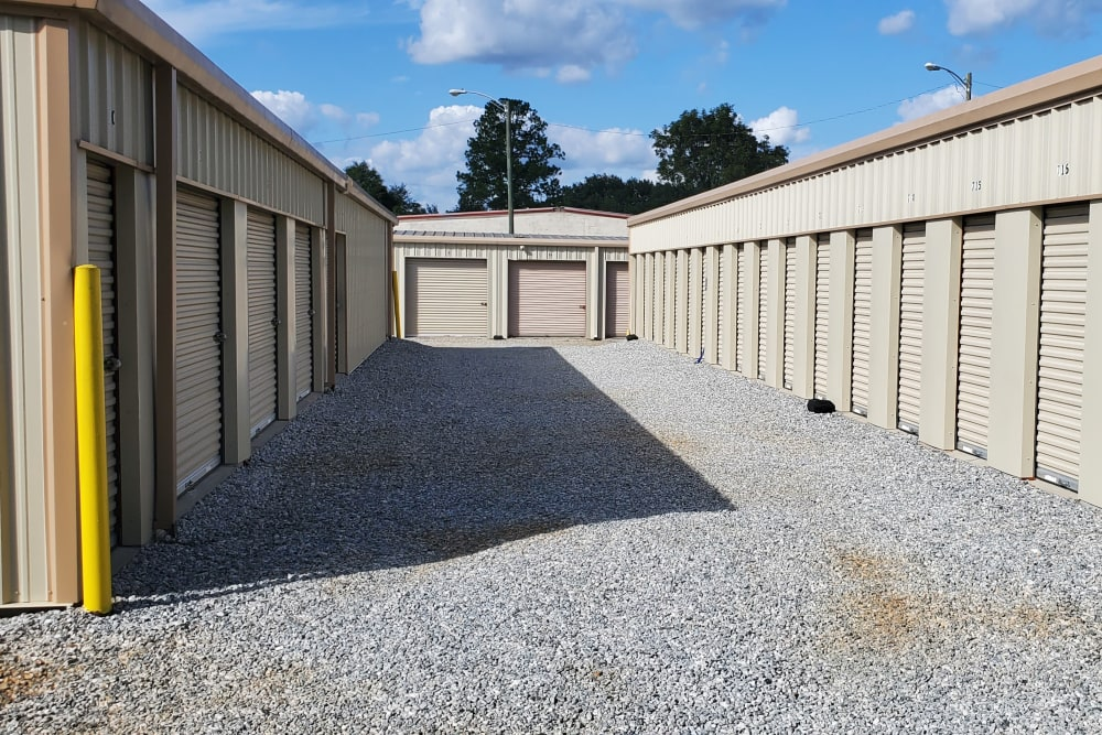 Exterior storage units at StayLock Storage in Albany, Georgia