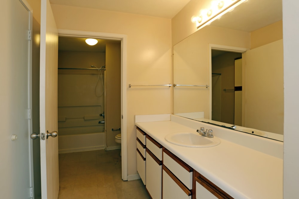 An apartment bathroom at Ashton Park Apartments in Gulfport, Mississippi
