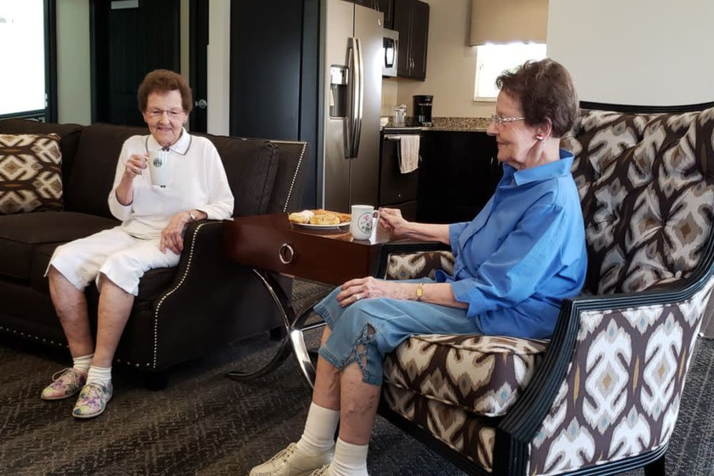Two residents sitting in the lounge at Ashford Place Health Campus in Shelbyville, Indiana