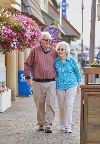 Contact Shorewood Senior Living to learn more about our independent living.