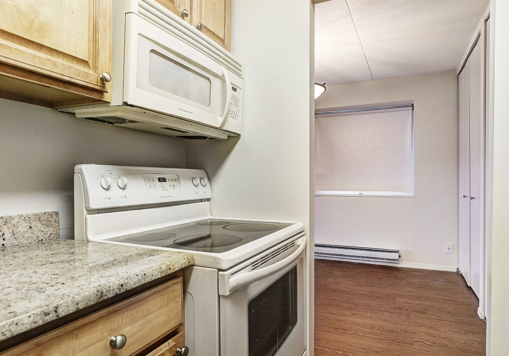 Fully-equipped kitchen at The Ivanhoe in Hackensack, New Jersey