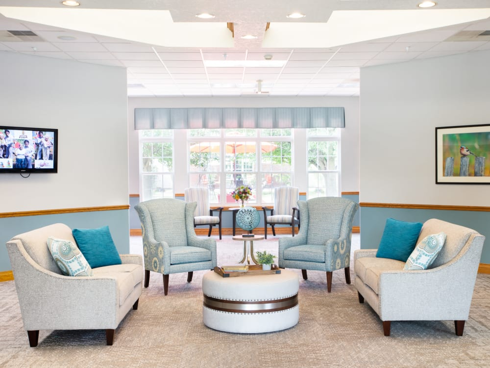 Meeting spot with soft seating in the reception area at Randall Residence of Decatur in Decatur, Illinois