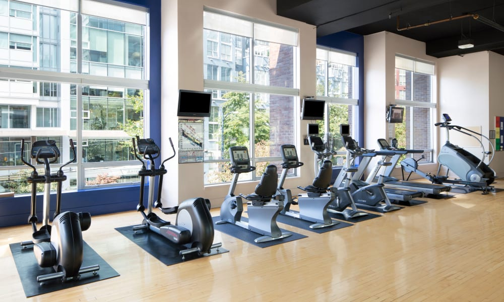 State-of-the-art fitness equipment is available at Metropolitan Towers in Vancouver, British Columbia