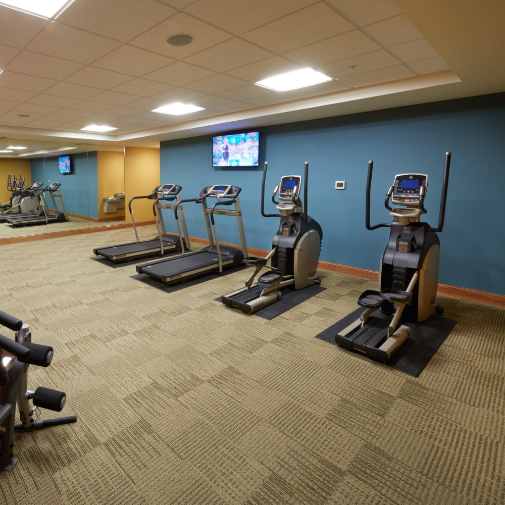 Fitness center at Applewood Pointe Bloomington at Valley West in Bloomington, Minnesota.