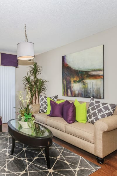 Living room at Parcwood Apartments