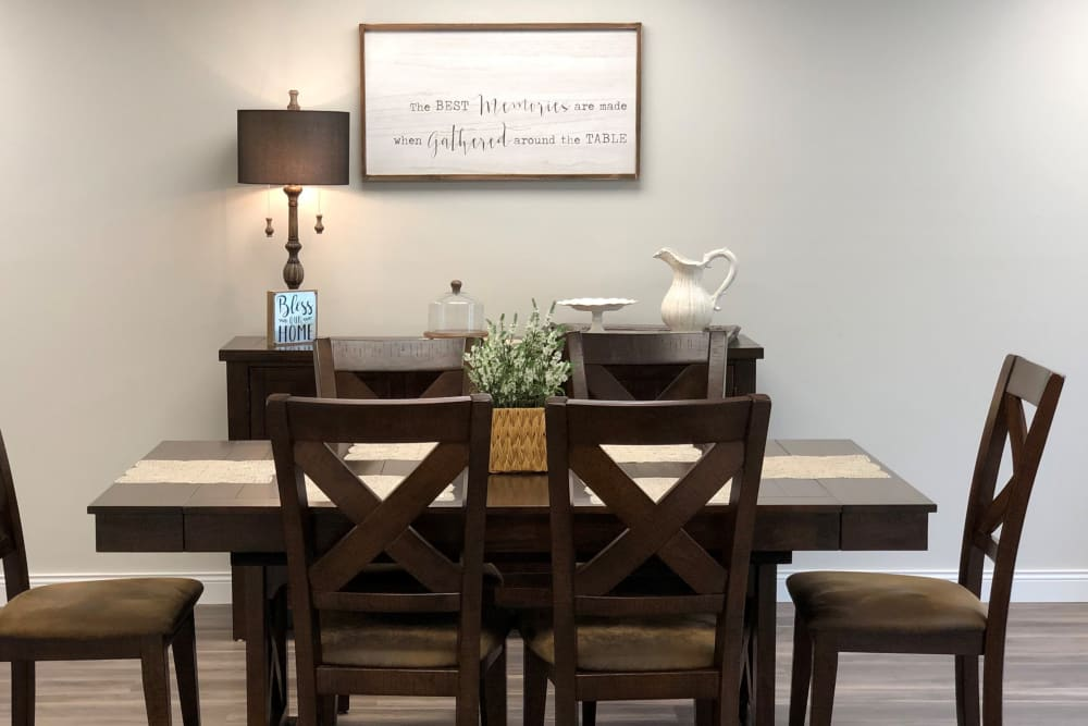 Resident dining suite at Corridor Crossing Place in Cedar Rapids, Iowa
