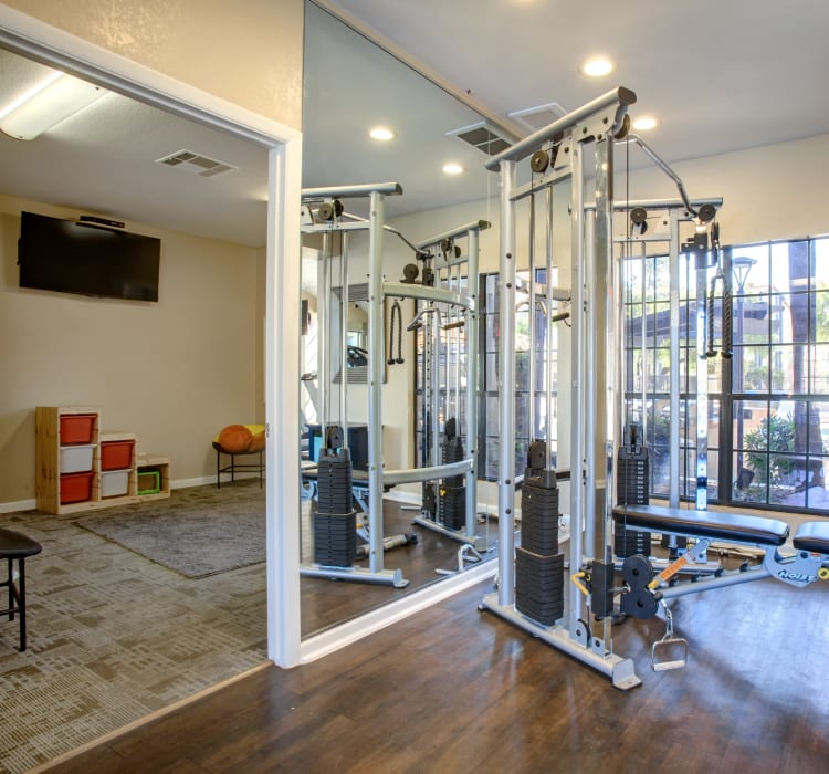 State of the art fitness center at Elliot's Crossing Apartment Homes in Tempe, Arizona