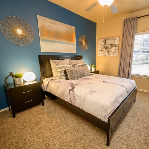 View virtual tour for 1 bedroom 1 bathroom suite at Alon at Castle Hills in San Antonio, Texas