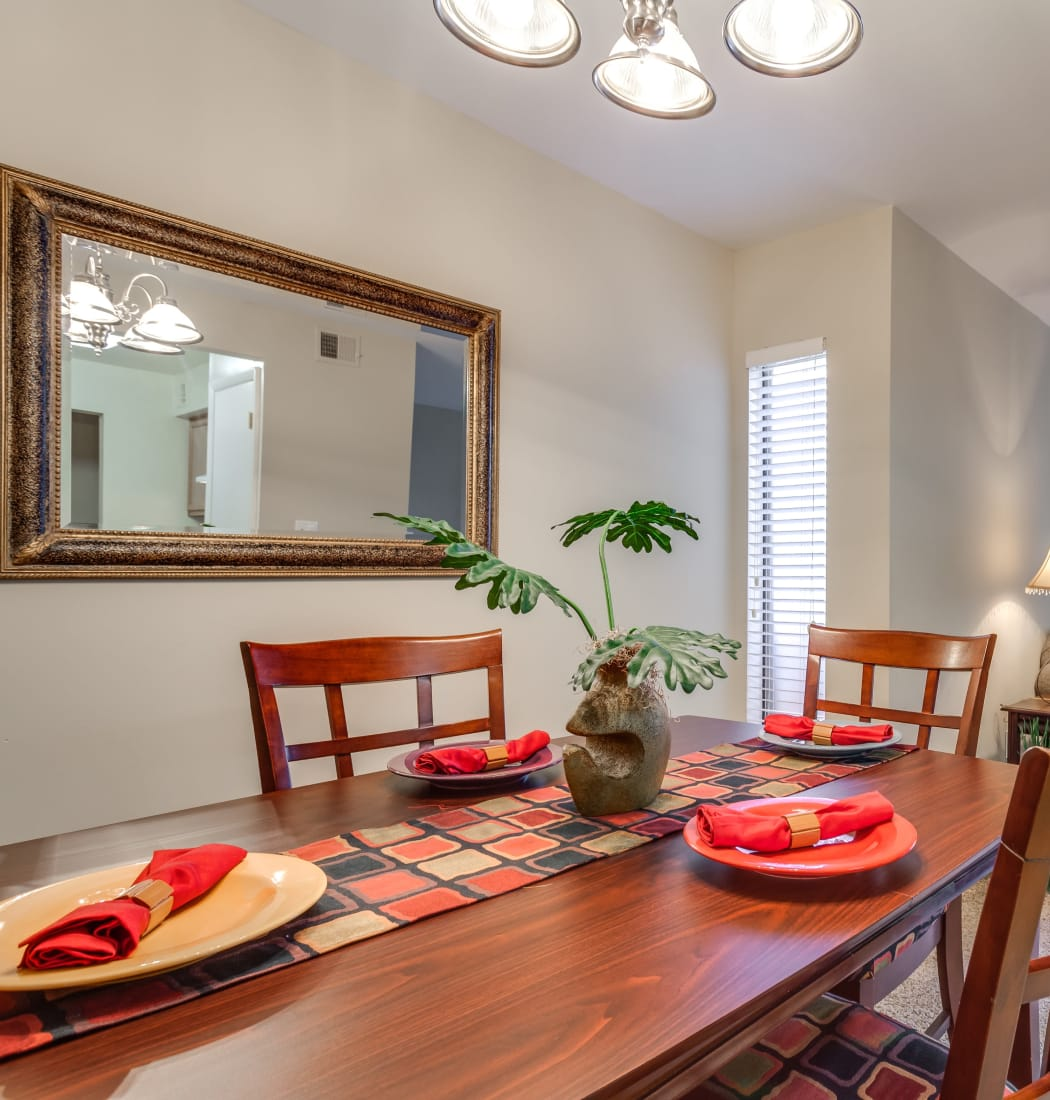 Dining room at Villages of Lake Boone Trail in Raleigh, North Carolina