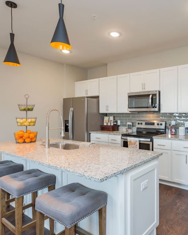 Modern styled kitchen at Rivertop Apartments in Nashville, Tennessee