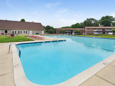 Beautiful swimming pool at apartments in Laurel, MD
