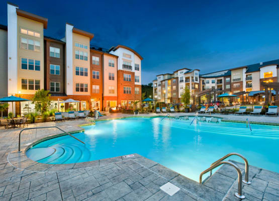 Celsius offers a spacious swimming pool in Charlotte, North Carolina