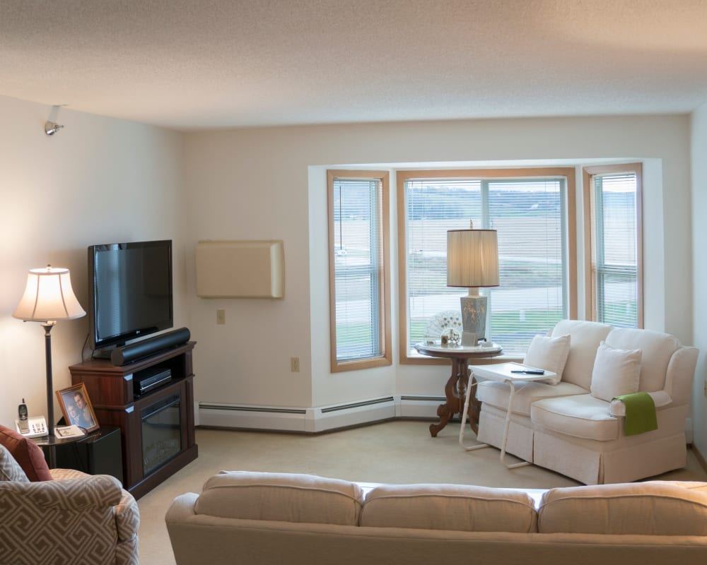 Spacious apartments are available at Meadow Lakes Senior Living in Rochester, Minnesota.