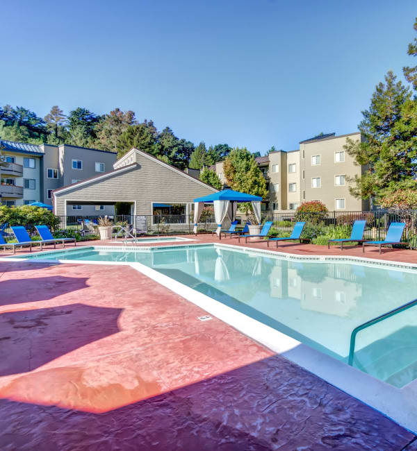 Great Pool at Serramonte Ridge Apartment Homes in Daly City