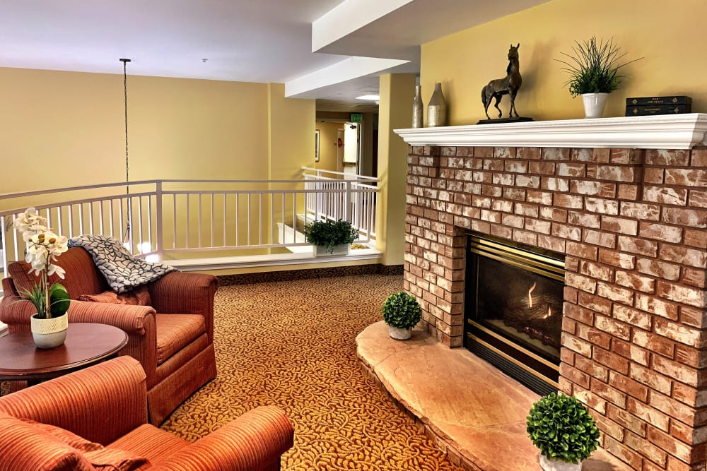 Fireplace at Maple Ridge Senior Living in Ashland, Oregon