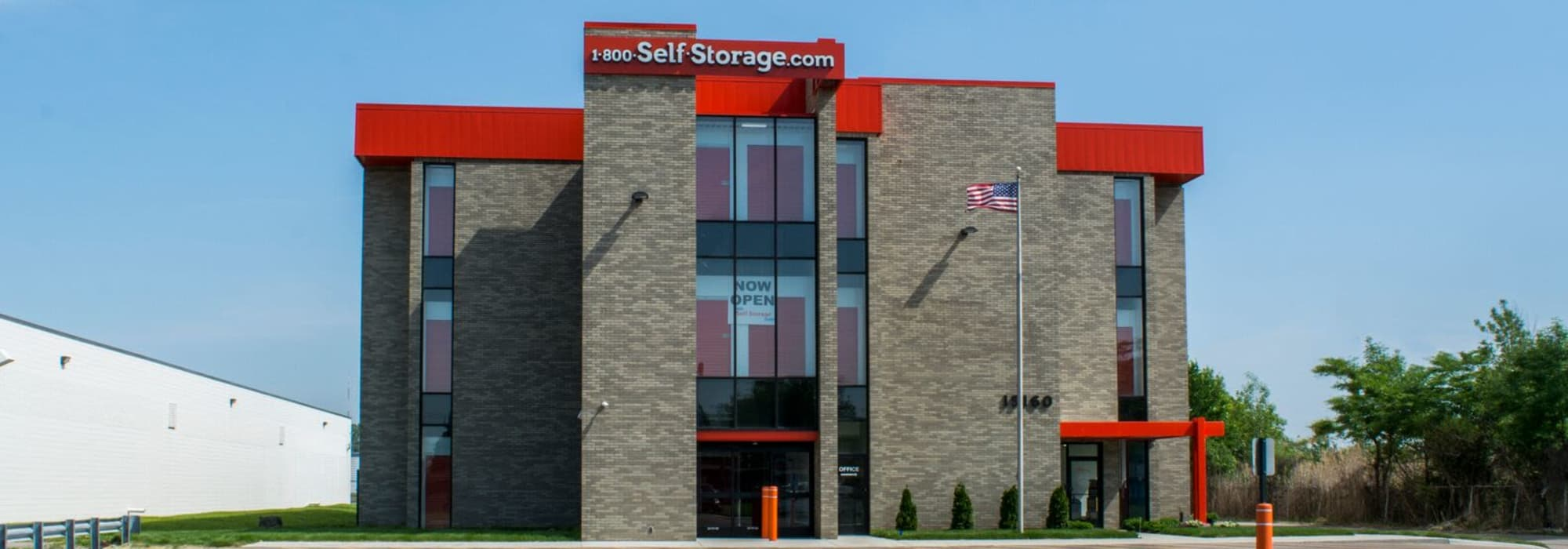 Self Storage Oak Park Michigan At Greenfield 1 800 Self