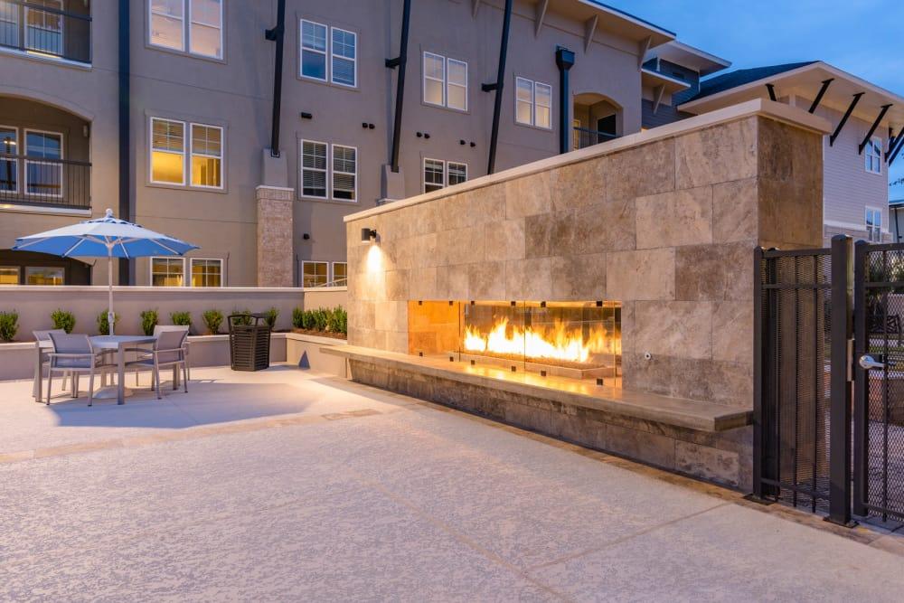 Our apartments in Baton Rouge, Louisiana showcase a beautiful BBQ area