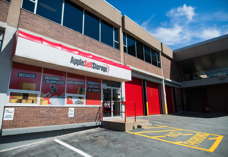 Apple Self Storage in Halifax