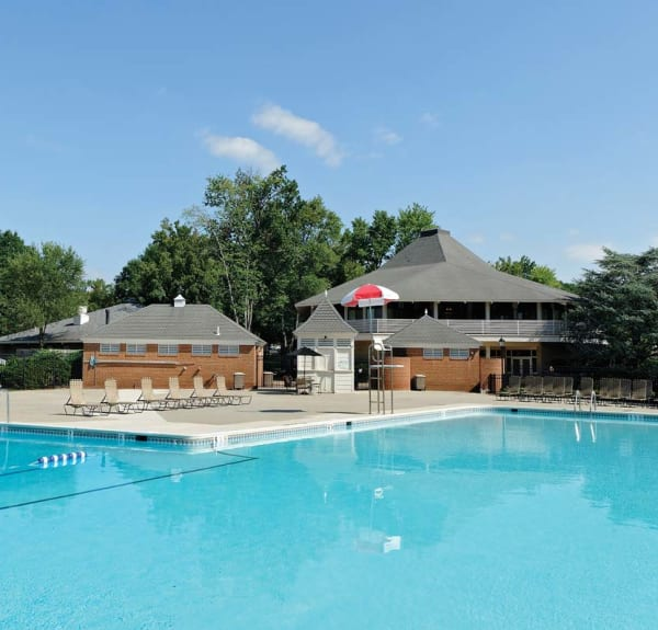 Mount Vernon Apartments Virginia: Alexandria, VA Apartments W/ A Pool, Gym, Washer/Dryers