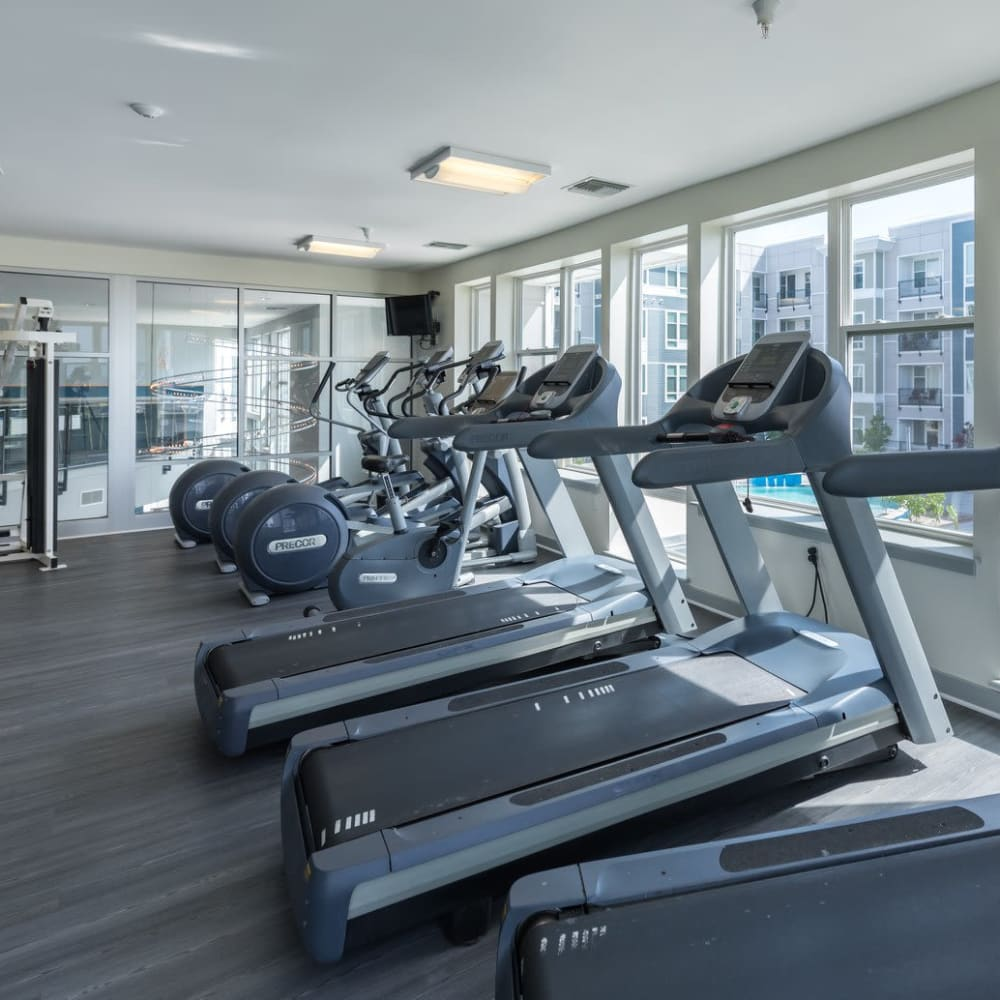 Upscale Community Amenities at Indigo 19 in Virginia Beach, Virginia