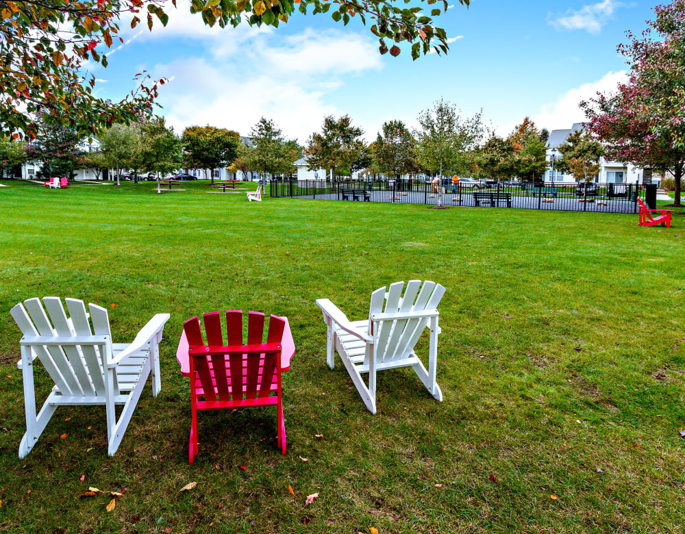 Eagle Rock Apartments at Freehold in Freehold, New Jersey offers great outdoor living