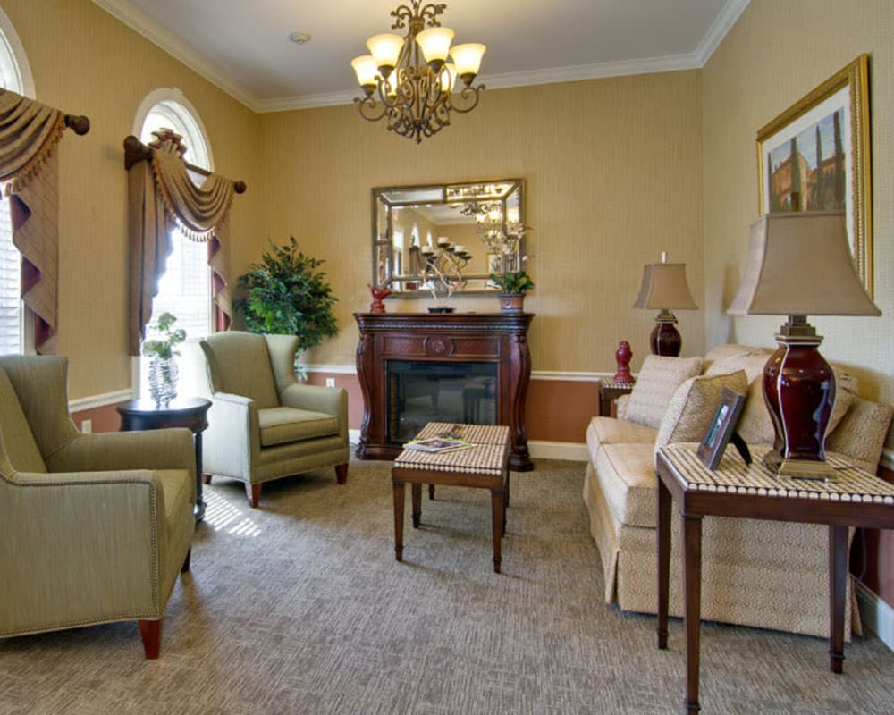 Living room at Parkway Gardens Senior Living in Fairview Heights, Illinois