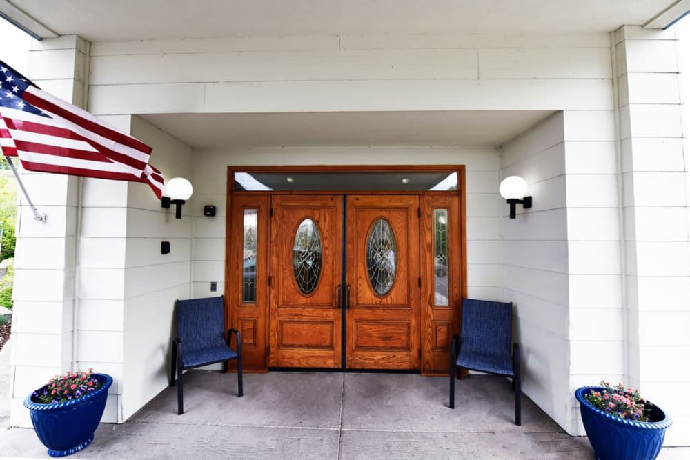 Front entrance at retirement home facility in Prineville, Oregon
