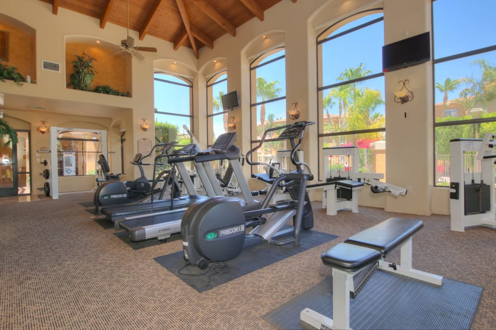 Onsite fitness center at The Retreat at the Raven in Phoenix, Arizona