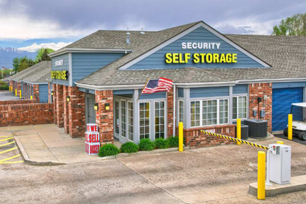 Exterior view of Security Self Storage - Austin Bluffs