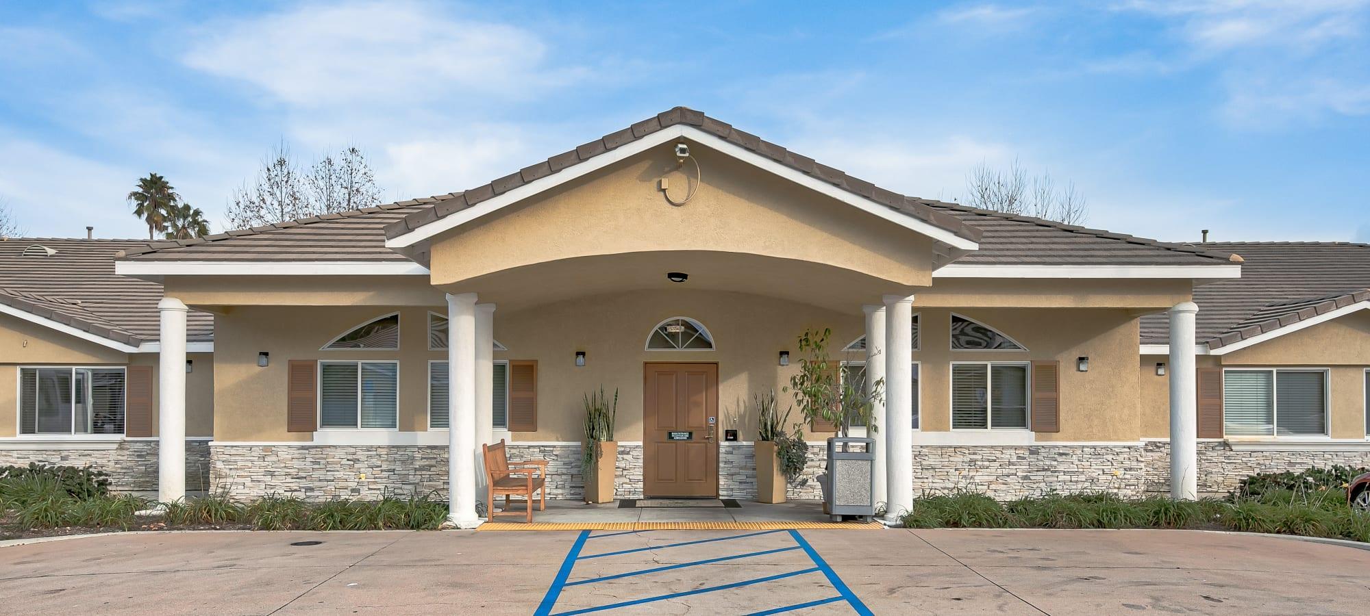 Exterior Image of Sunlit Gardens in Alta Loma, California