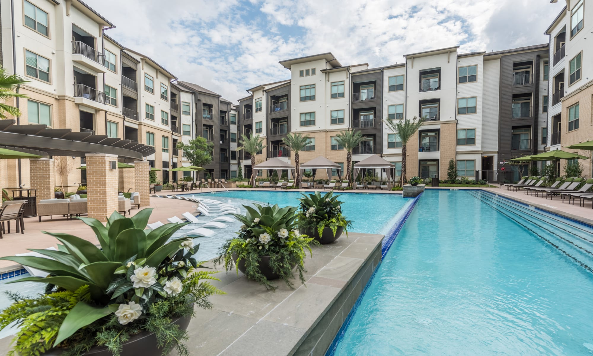 Apartments at The Abbey at Northpoint in Spring, Texas